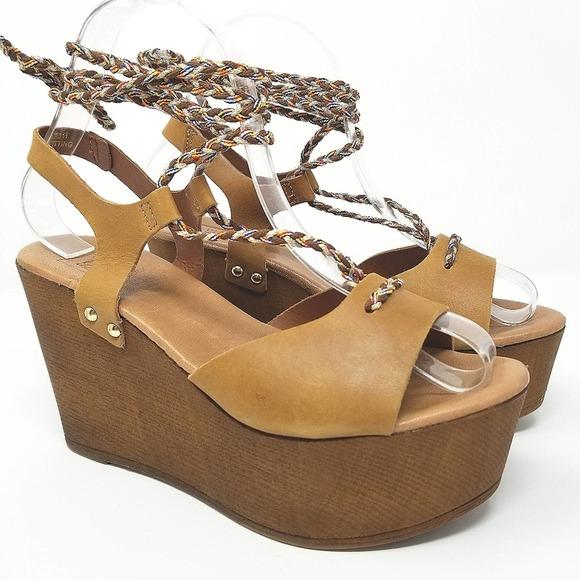 Sole Diva Sz 7US Cognac Strappy Platform Shoes